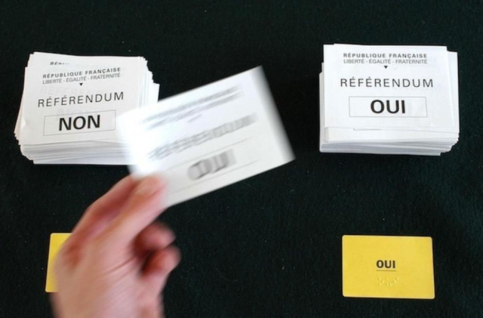 Pacte européen : Non à l'austérité dans le droit européen, exigeons un référendum!